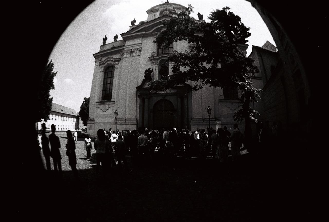 Stará-Praha-s-Lomography-Fisheye-23